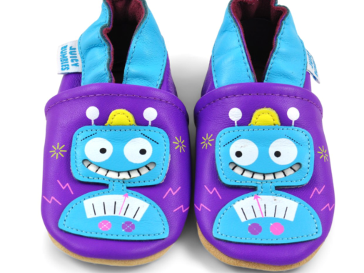 Baby soft sole shoes design
